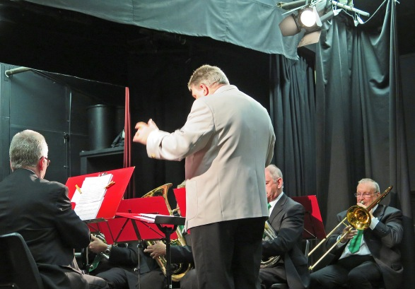 Chris Benger conducts the Ampthill Town Band